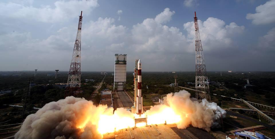SheInspires: Meet the 8 Women Behind ISRO's Mars Mission